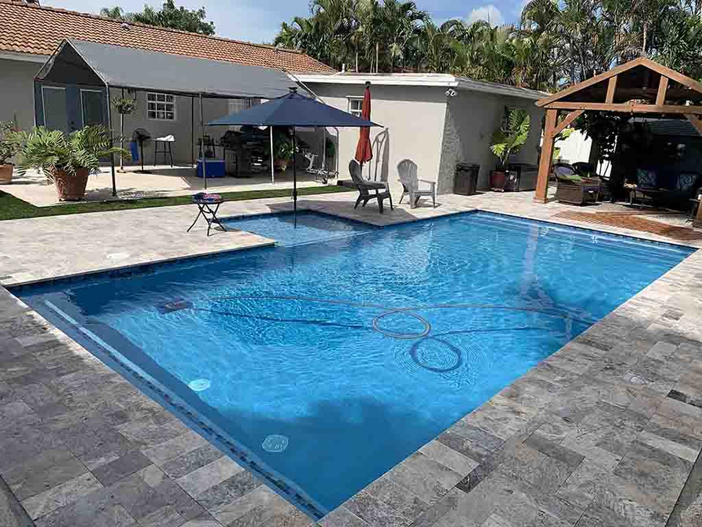pool_contractors_miami_inground_pool_and_sunshelf